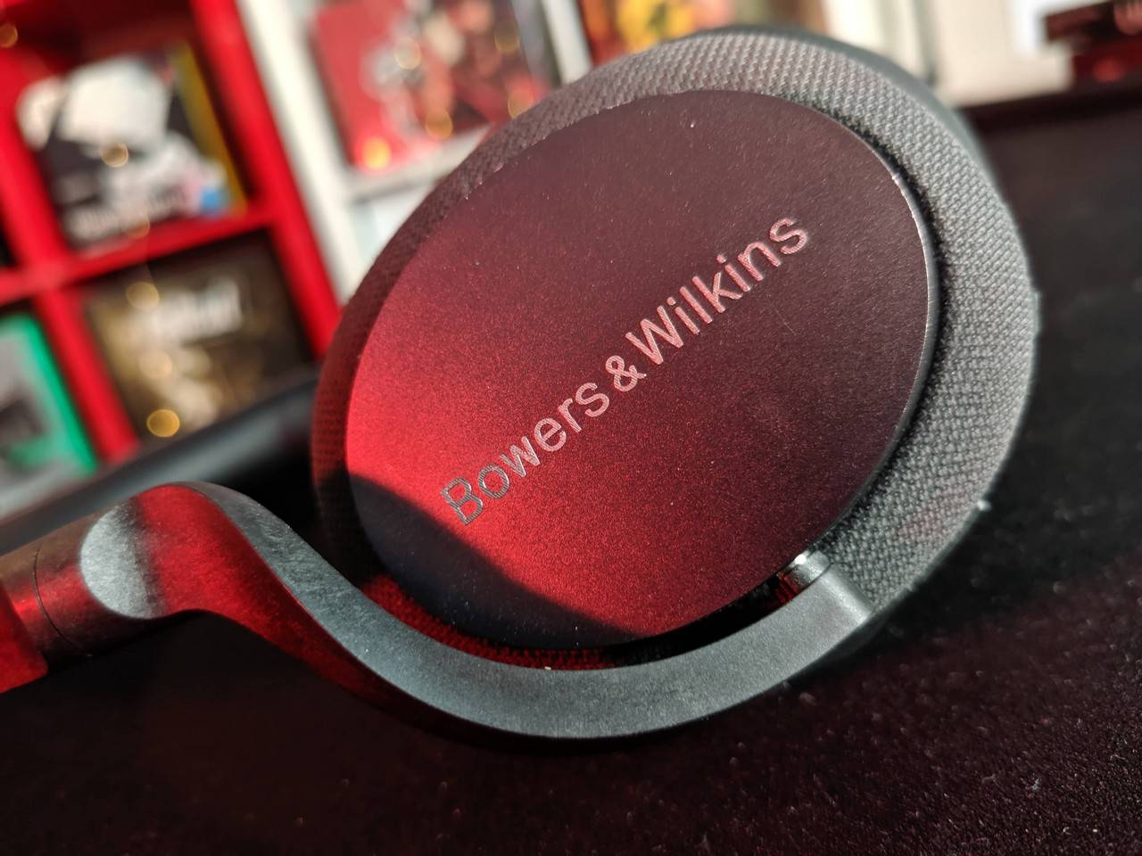 Bowsers & Wilkins PX5