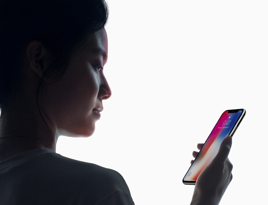 imagem promocional do iphone x face id
